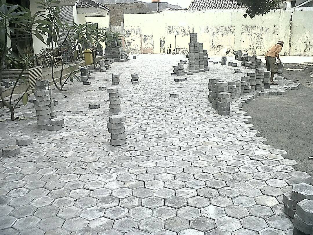pengaspalan aspal hotmix murah bandung Pemasangan paving block halaman parkir di bandung